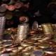 Berge von Geldmünzen