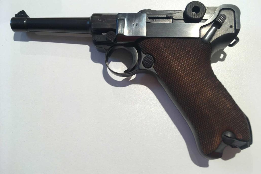 Bild einer Pistole 08 als Schreckschusswaffe